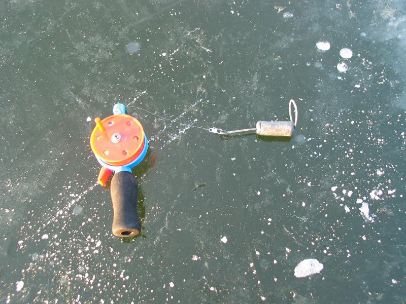Зимний отцеп для рыбалки