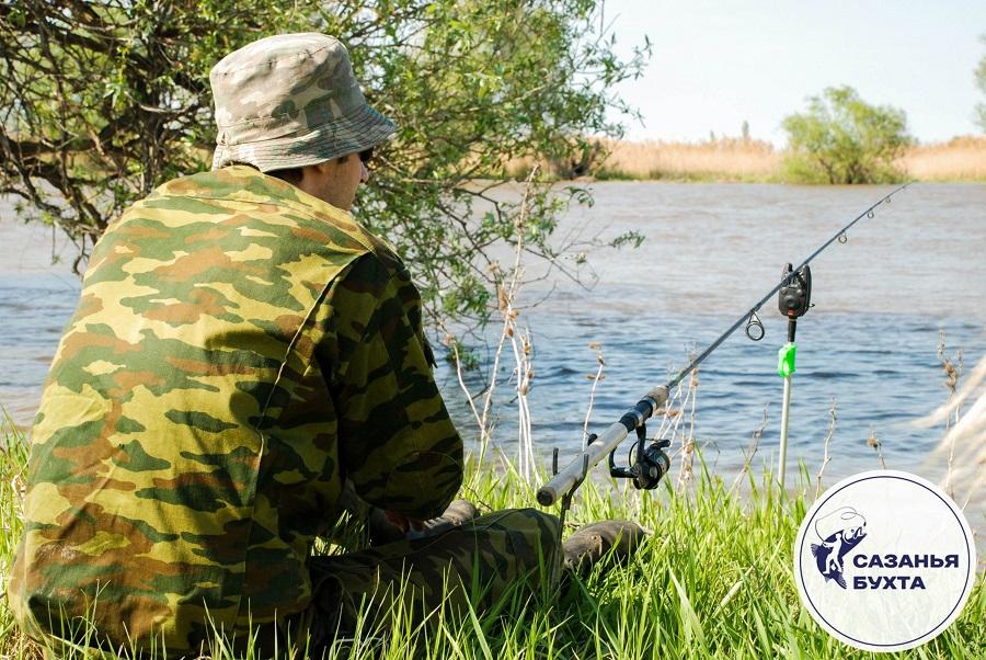 Рыбак на астраханских раскатах