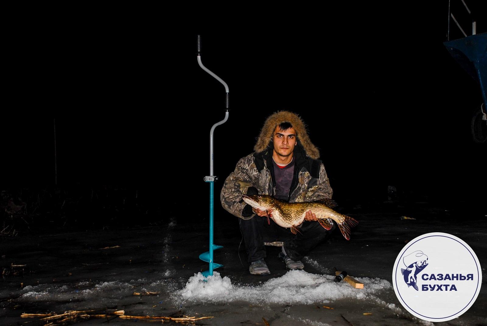 Ловля щуки зимой ночью