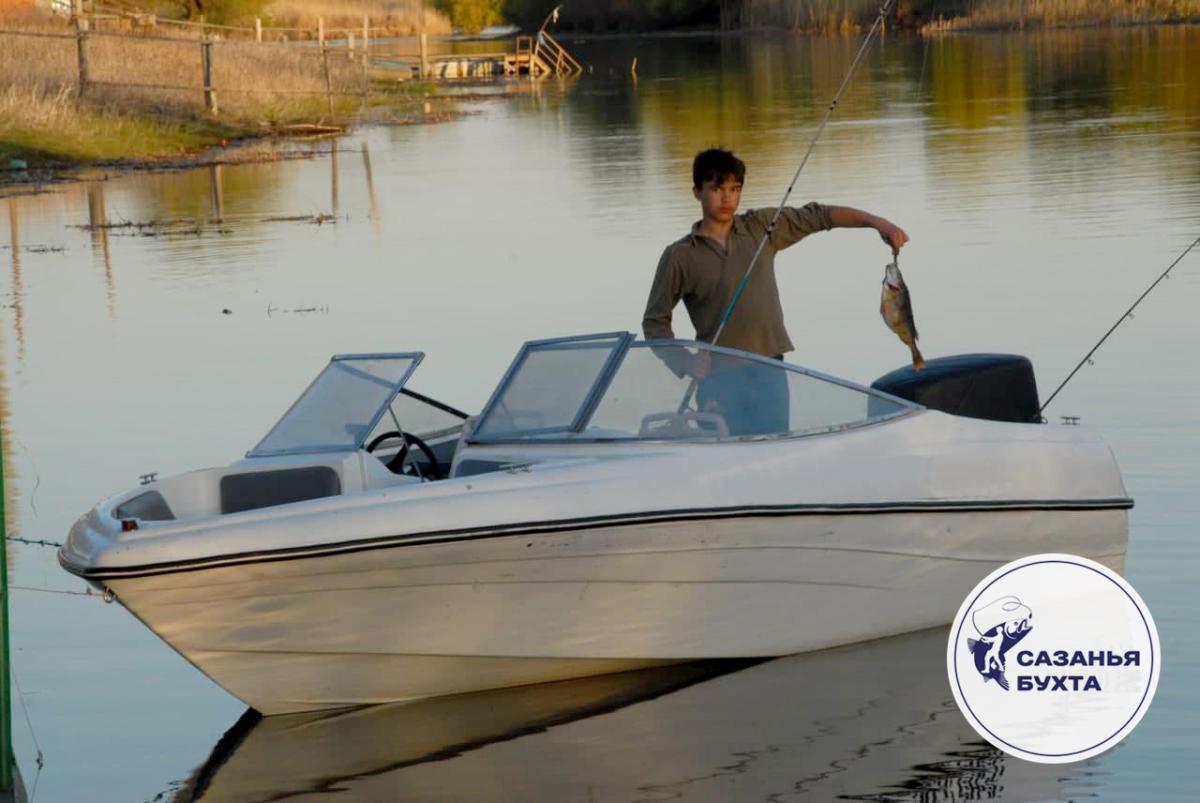 Ловля карасей с лодки