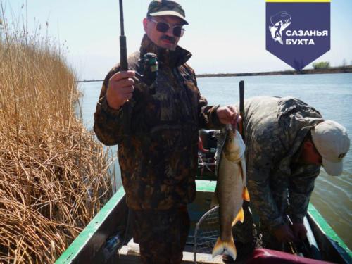 Рыбалка на жереха с лодки на спиннинг