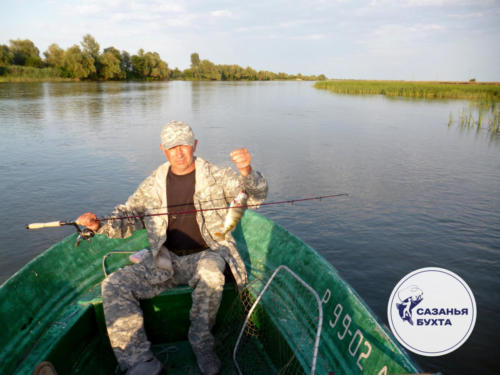 Ловля окуней с лодки